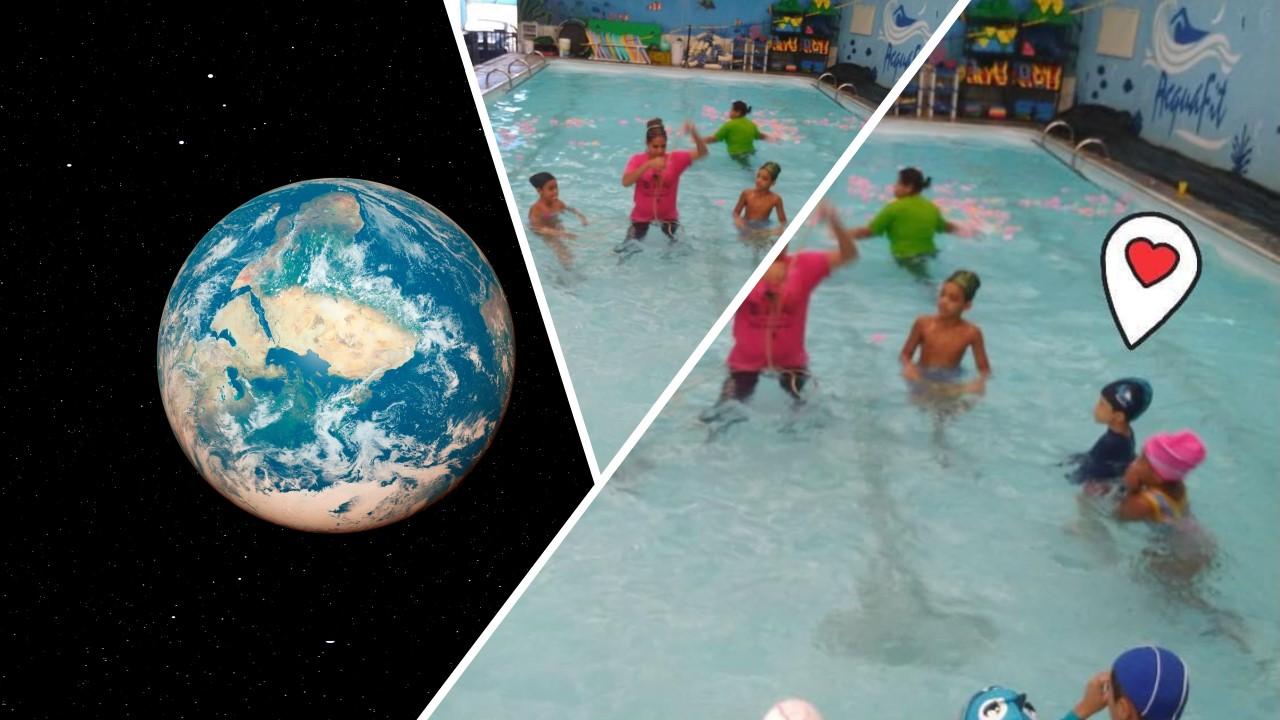 No texto autismo e a natação, a educadora física e professora de natação, Thaís Magalhães, e seus alunos durante uma aula, na piscina. Do lado esquerdo, vê-se uma foto do mundo.